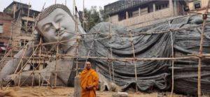 India legnagyobb fekvő Buddha szobra épül